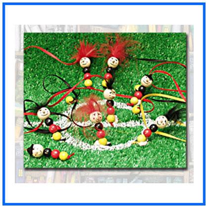 -1033-FußballWurm